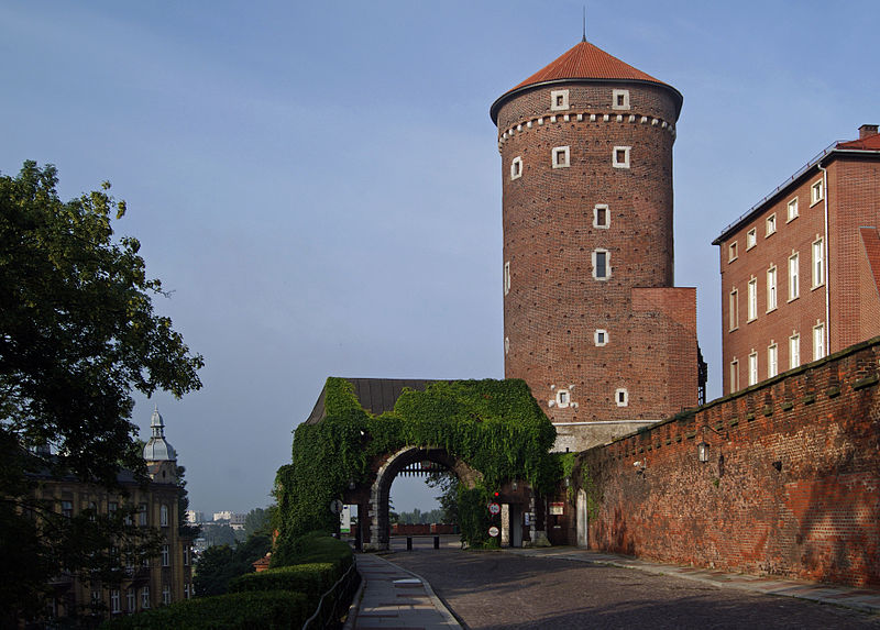 wawel_hill_gate_of_the_bernardines_old_town_krakow_poland